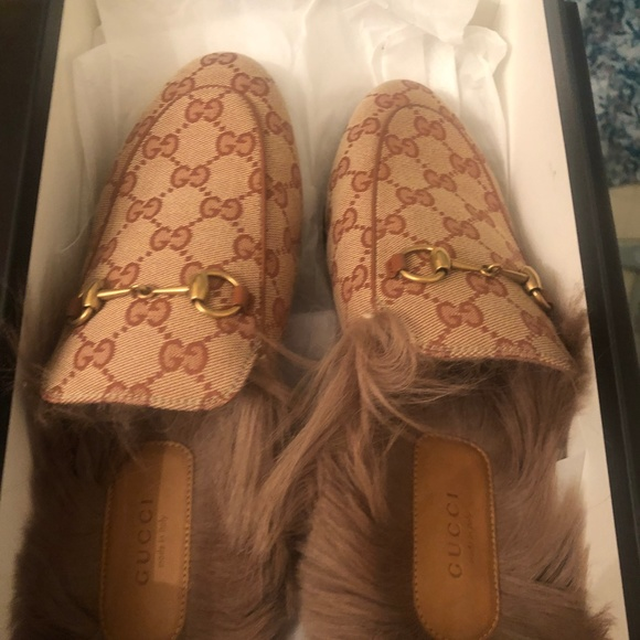 Gucci Shoes - Gucci Princeton GG canvas slippers